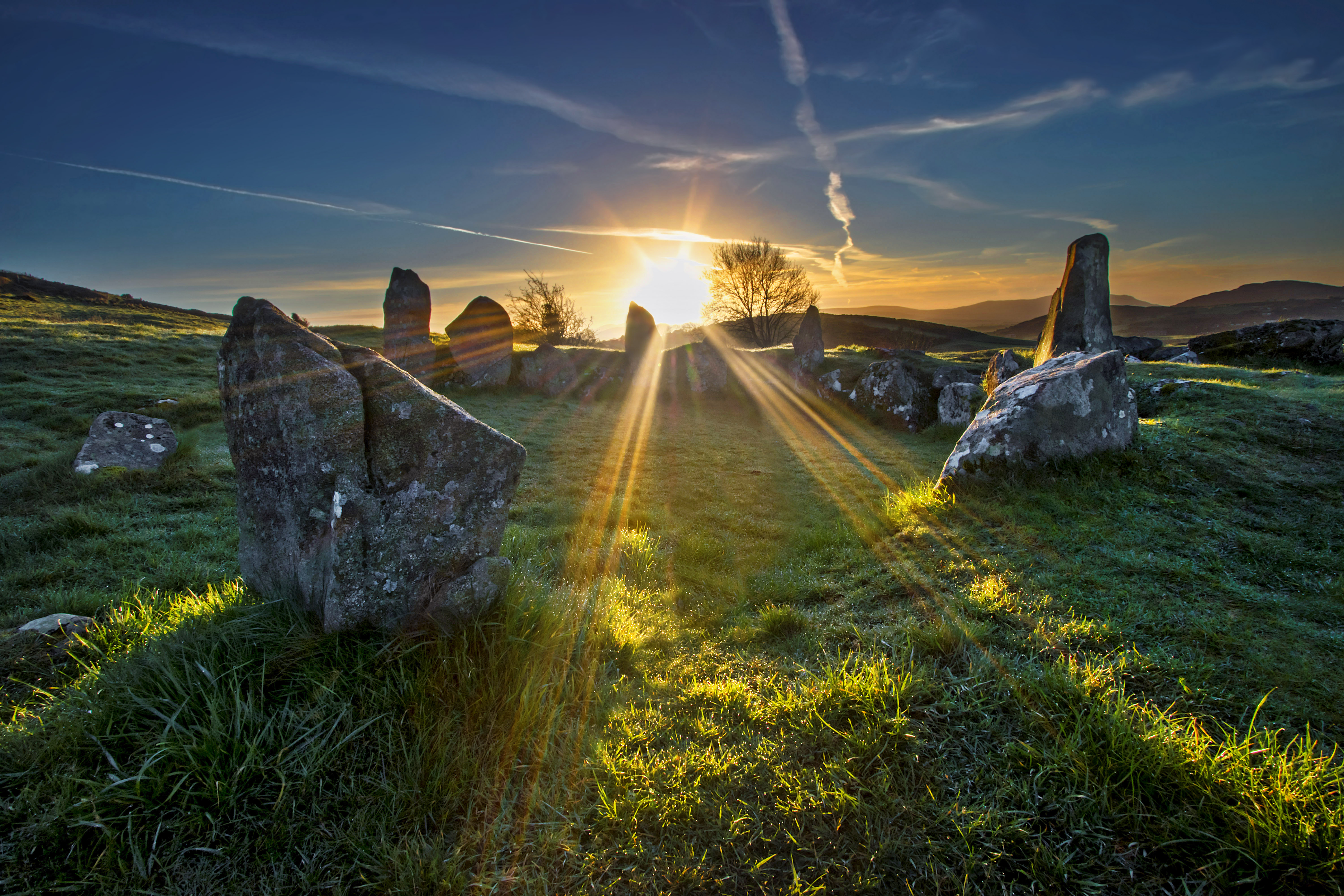 sunrise-at-ballymacdermott-cairn.jpg